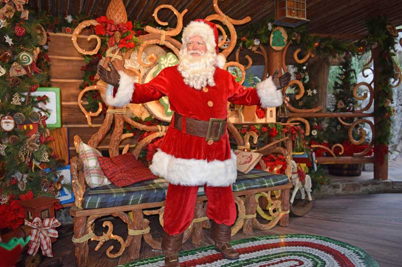 meet santa at disneyland