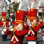 Tips for Enjoying Disneyland Christmas 2013