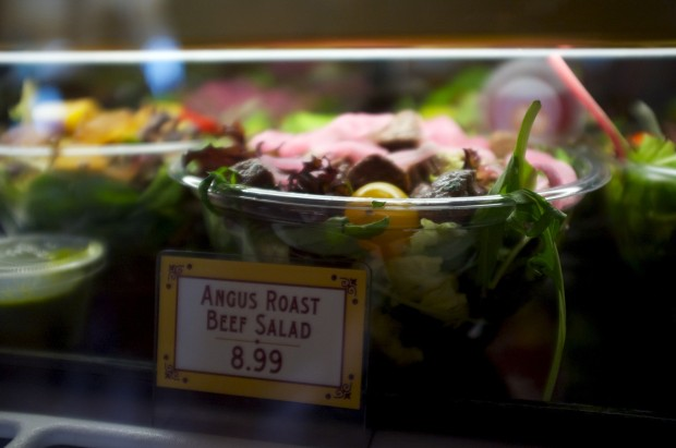 Angus Roast Beef Salad 8.99
