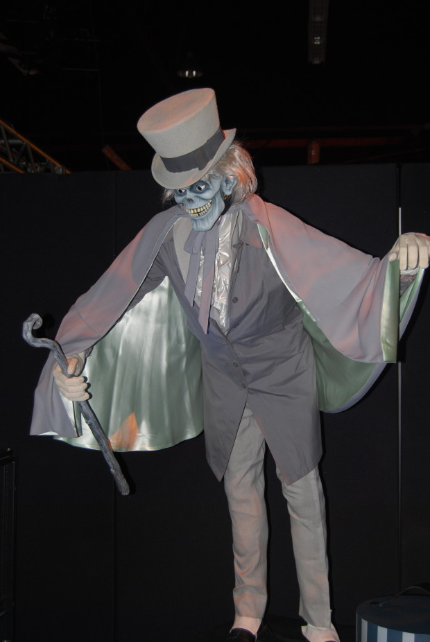 Disneyland Hatbox Ghost is back!
