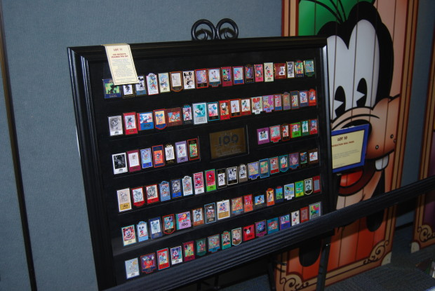 mickey mouse 100 pin set for sale
