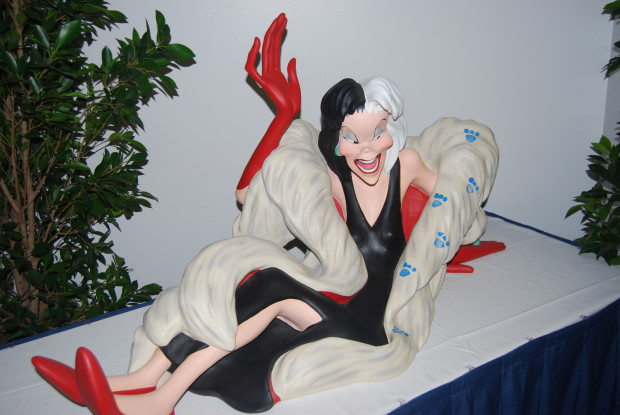 Cruella De Vil Big Figure From Disney Store Set
