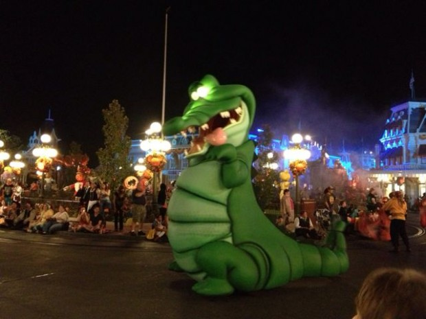 Ten Tips For Mickey's Not So Scary Halloween Party