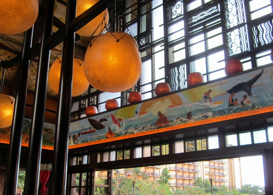 aulani disney lobby, cultural aulani