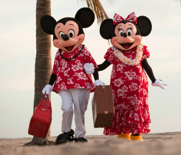 aulani-minnie-and-mickey