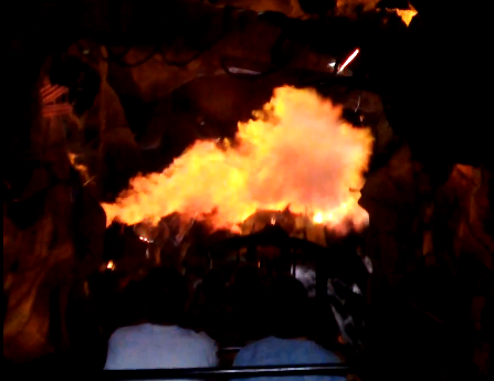 big thunder mountain disneyland special effects cavern