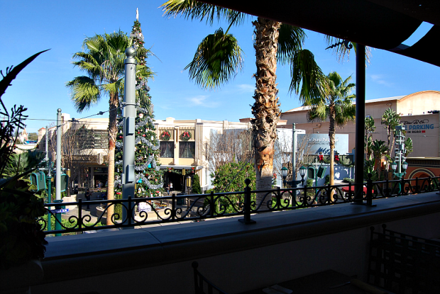 buena vista street view carthay circle restaurant