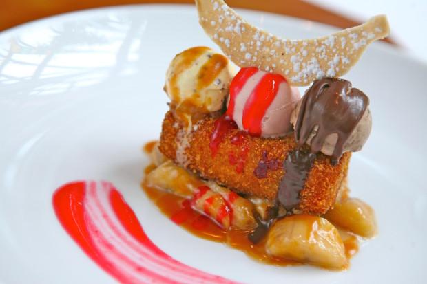 carthay circle restaurant disneyland dessert monte cristo ice cream sundaeo