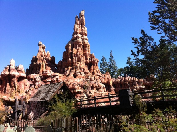 disneyland big thunder mountain railroad