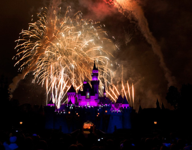 disneyland fireworks new years eve