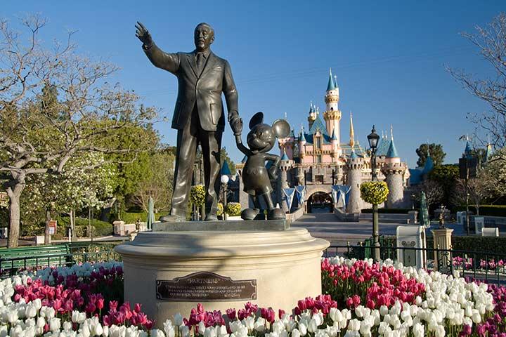Partners statue in Disneyland