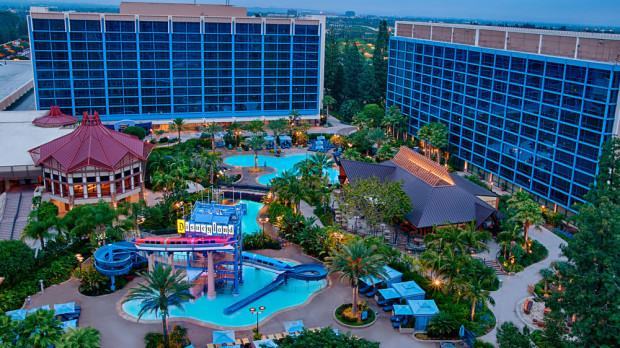 disneyland hotel pool area