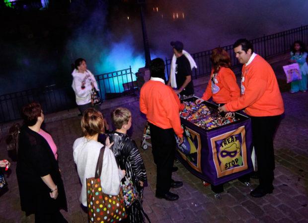 disneyland mickey's halloween party tickets