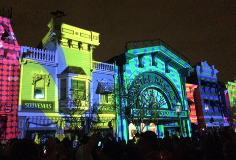 disneyland projection mapping