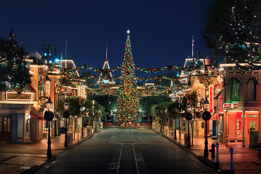 disneyland holiday decor
