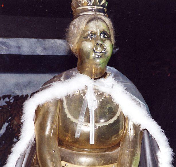 haunted mansion ghost disneyland king