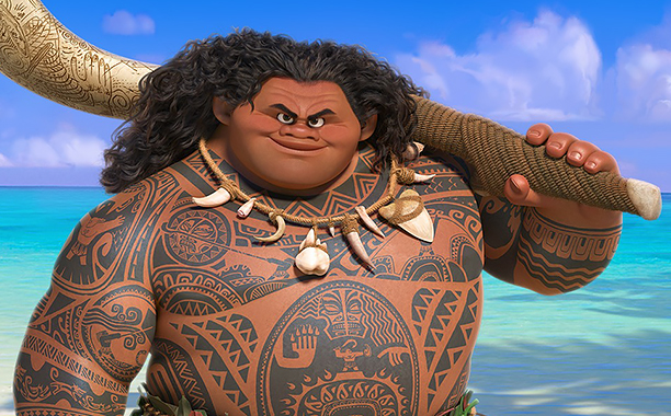 Moana (2016) (l to r) Moana (Auli'i Cravalho) and Maui (Dwayne Johnson)
