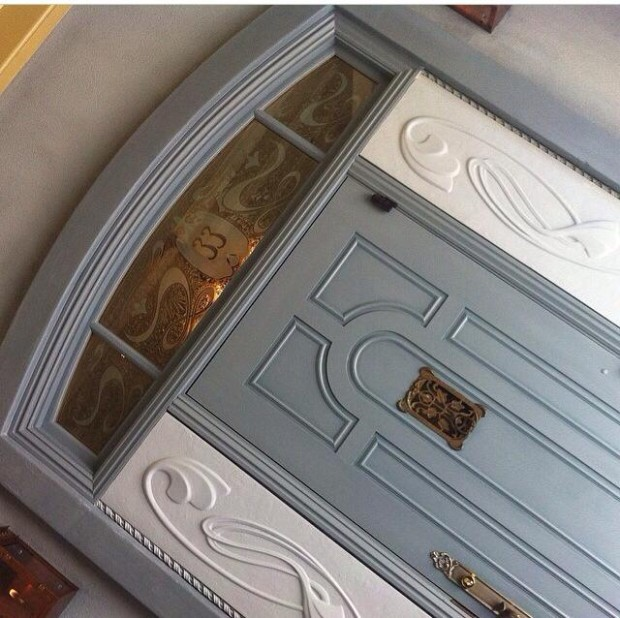 new club 33 entrance door