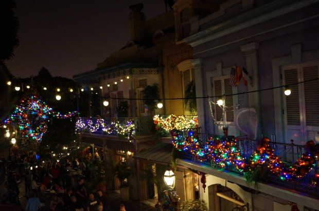 new orleans square disneyland christmas