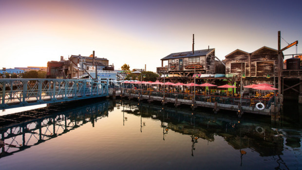 pacific wharf cafe disneyland