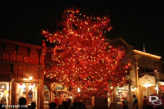 ray bradbury halloween tree disneyland