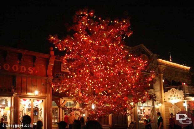 ray bradbury halloween tree disneyland