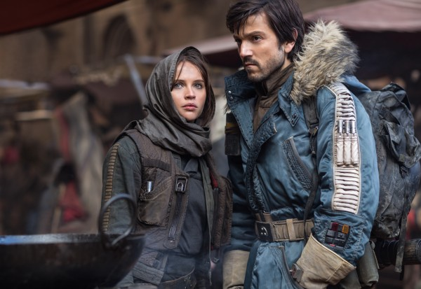 rogue-one-felicity-jones-diego-luna-600x413