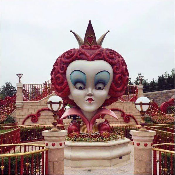 shanghai disneyland alice in wonderland