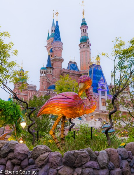 shanghai disneyland castle bird alice in wonderland