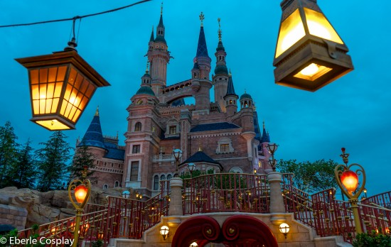 shanghai disneyland castle night up close