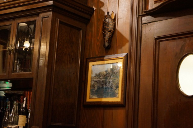 trophy room club 33 wall giraffe mask