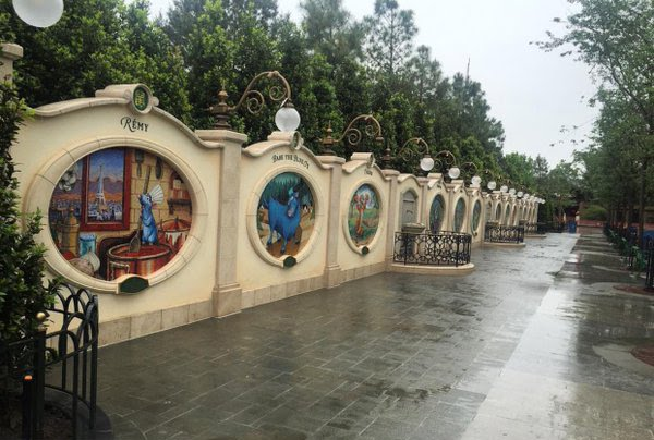 zodiac symbols shangahi disneyland